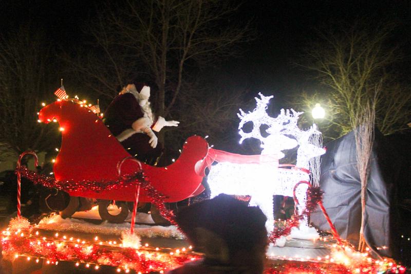 Santa Arrives
